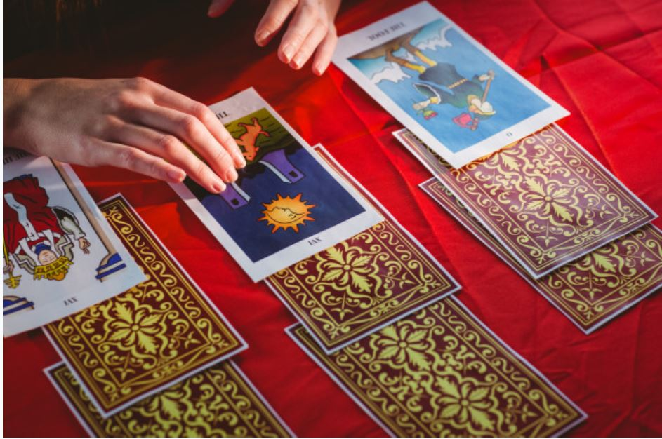 Tarot là gì ?